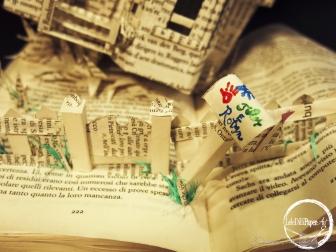 BOOK SCULPTURE UP DISNEY PIXAR